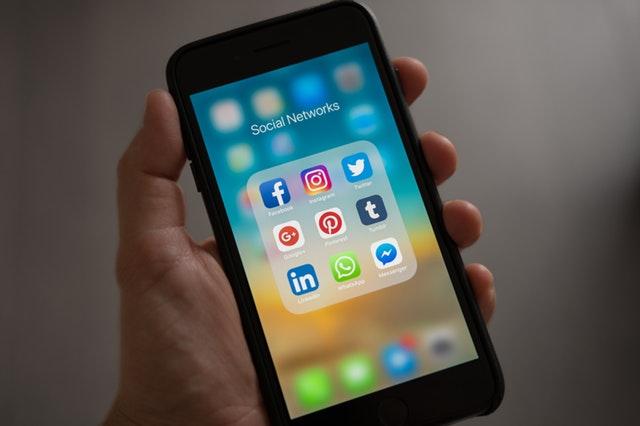 diafimisi social media